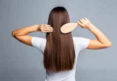 Combing hair2